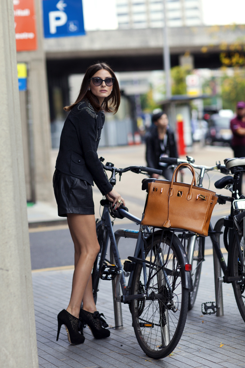 bikepretty, bike pretty, cycle style, cycle chic, bike model, bike fashion, cute bike, street style, bike fashion, bike in a skirt, girls on bikes, girl on a bike, bike girl, bicycle girl, cute bicycle girl, olivia palermo, sartorialist